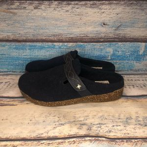 Earth Origins Womens Janet Navy Blue Fabric Clogs